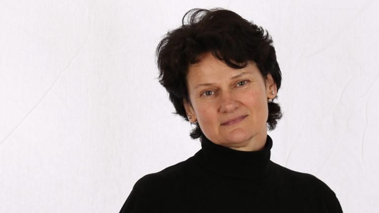 kunstschule kursleiterin elza artamontzeva